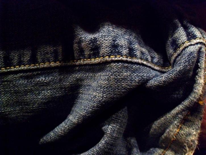 Denim-jeans-wrinkled_w725_h544